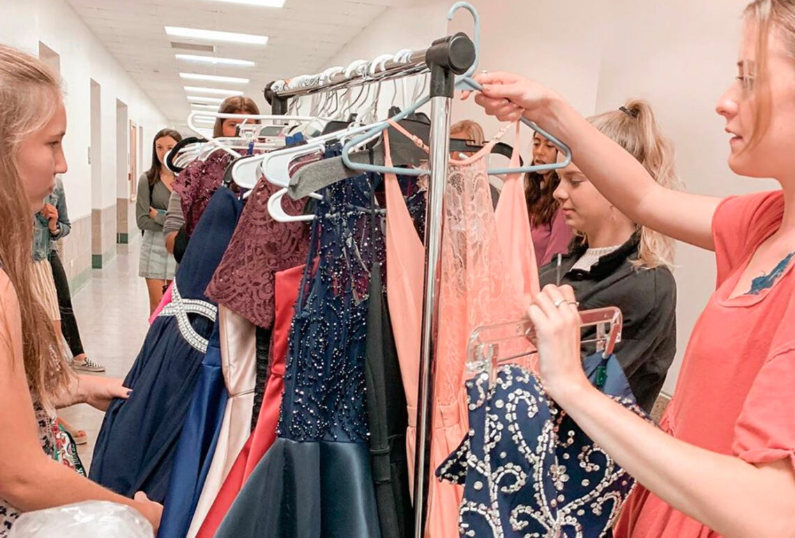 York HS Fashion Club holds a Homecoming Dress Drive